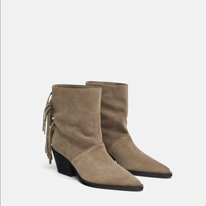 Zara Soft Leather Ankle Boot with fringe 6.5